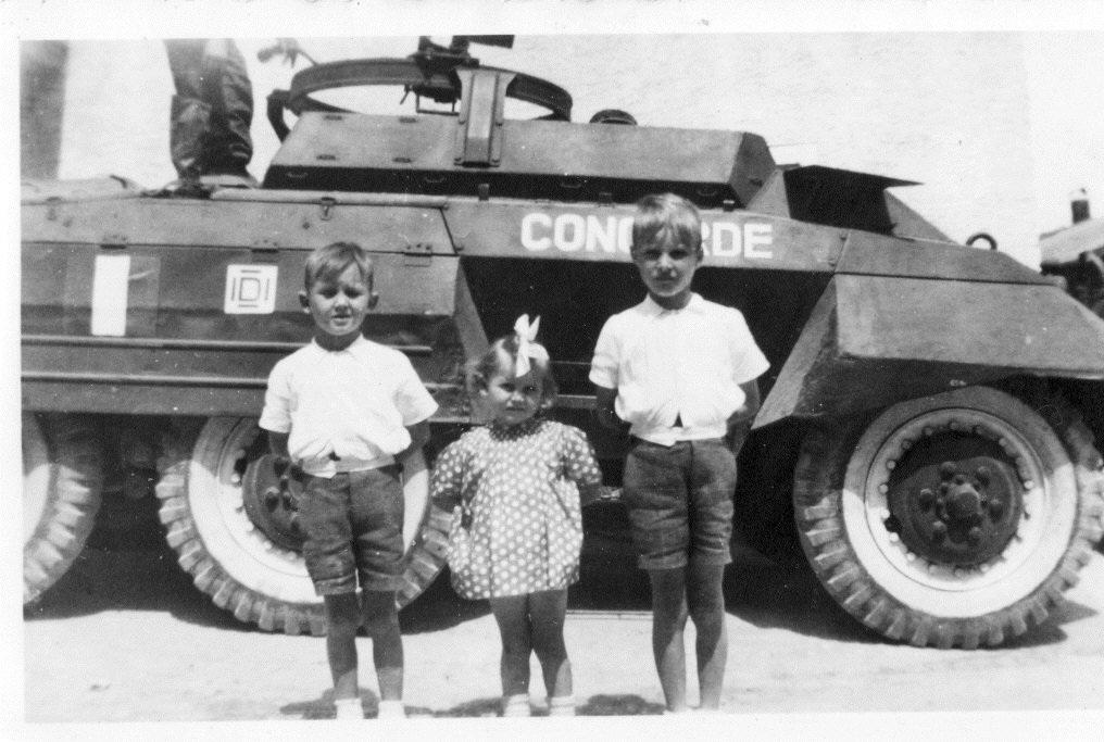 uncharqui s'appelleConcorde- 1946Jean-Claude Jacky et Chantal